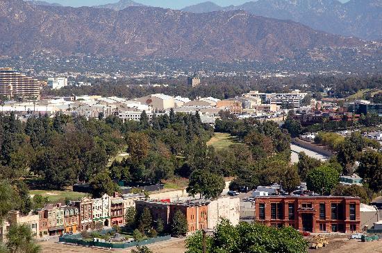 Surrounding Hills/Warner Bros from Universal Studios
