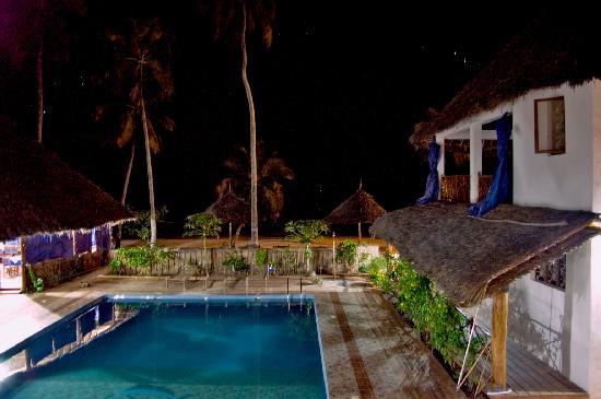 Blu Marlin Village: blumarlin by night