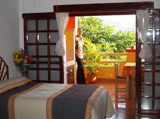Casa Adriana: Room and Balcony