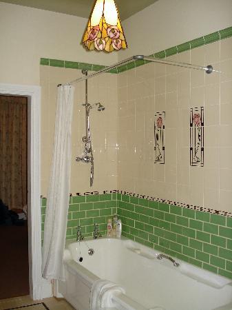 Mere Brook House: Bathroom