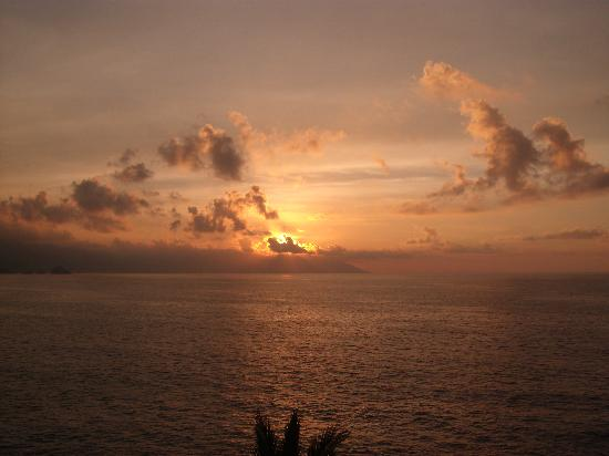 Pacific Coast, Mexico: Sunset at Casa Carole