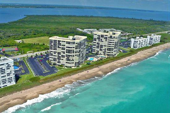 Beach Hotels Hutchinson Island