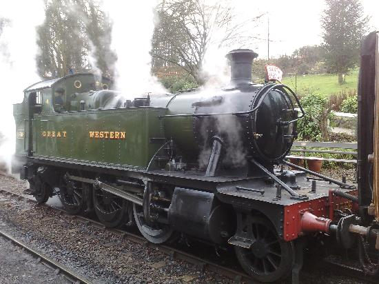 Kidderminster, UK: Steam train