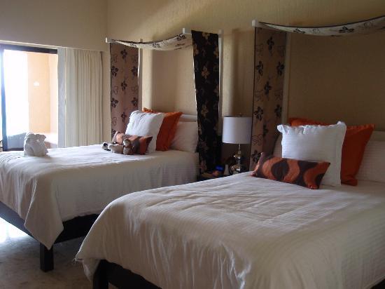 Dreams Puerto Aventuras Resort & Spa: Our room