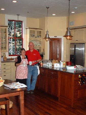 The Laurel Oak Inn: Peggy and Monta Burt in the kitchen, coffee time.