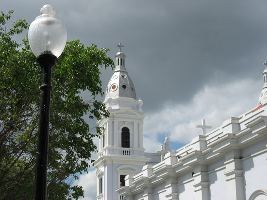 Ponce, Portorico: Church on town square