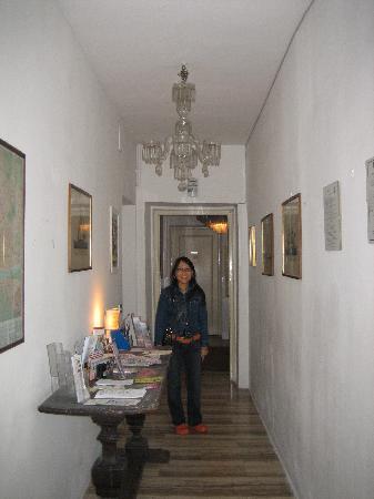 Proconsolo Rooms: Entrance hallway