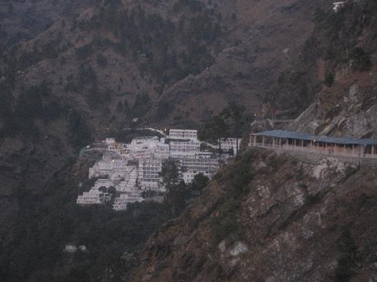 Vaishno Devi Mandir: bhavan