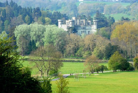 Ledbury, UK: Eastnor Castle