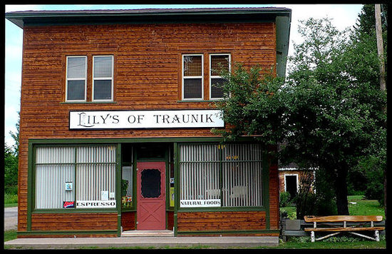 Lily's of Traunik