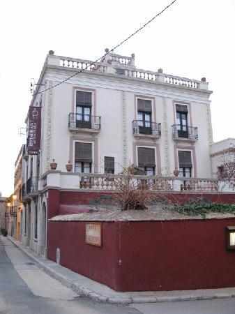 Aiguaclara Hotel: exterior