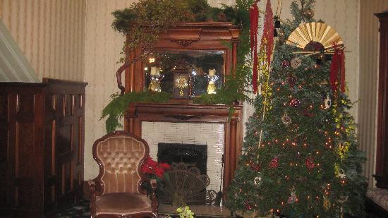 Christmas House: Livingroom