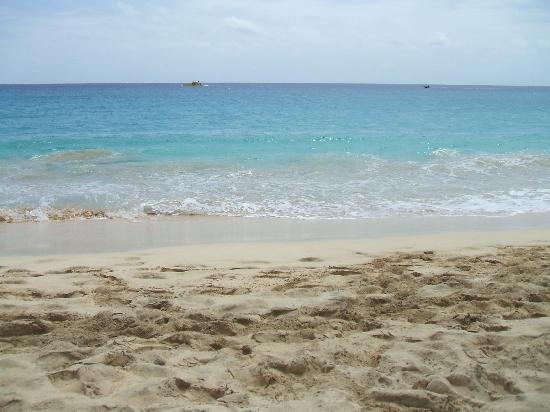 Cape Verde: 1