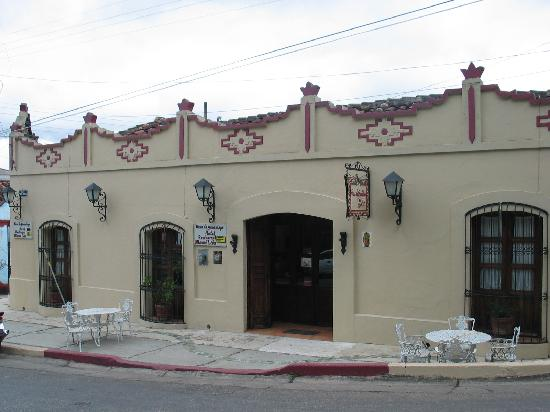 Hotel Casa de Guadalupe: Front view