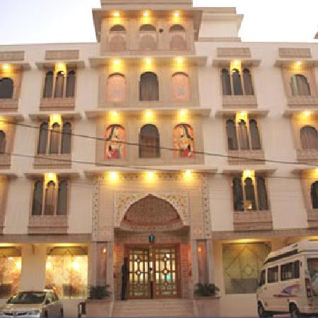 Chokhi Dhani Resort: How it Looks