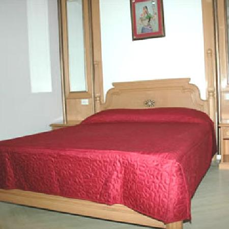 Chokhi Dhani Resort: Inner view of Room