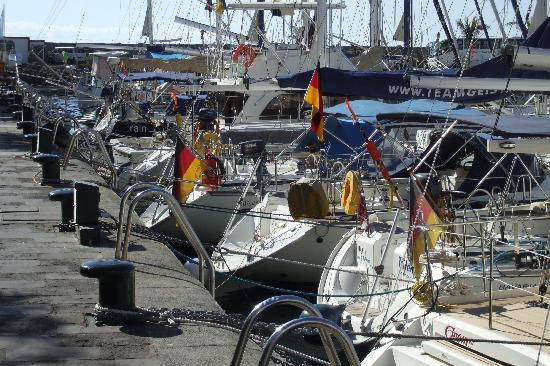 Mogan harbour foto puerto de mogan mogan tripadvisor - Pension eva puerto de mogan ...