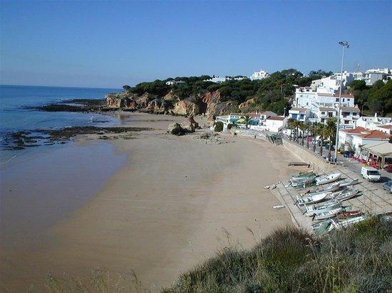 Albufeira, Portogallo: Olhos D'Agua beach