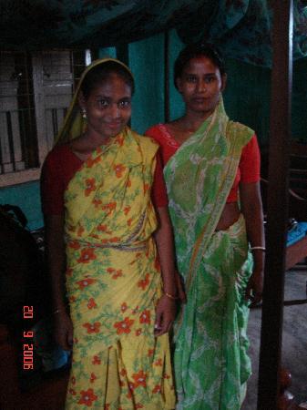 Khulna Division, Bangladesh: Hindu women at the Hotel Singapore