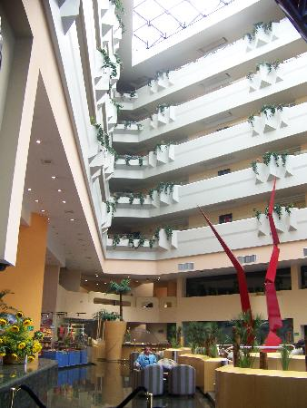 Holiday Inn Plaza Dali Mexico City: The lobby of Plaza Dali