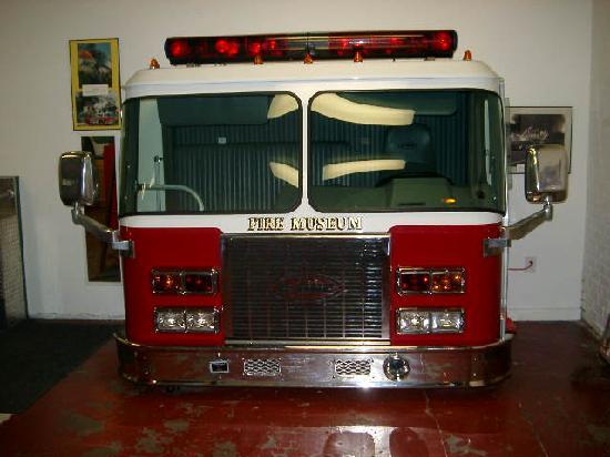 fire truck on display picture of houston fire museum houston tripadvisor. Black Bedroom Furniture Sets. Home Design Ideas