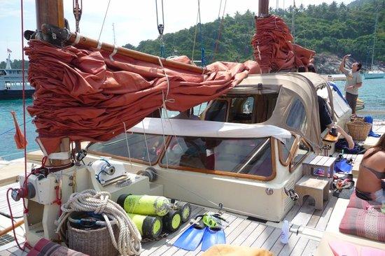 Phuket Pro Dive & Sail Co.: Tuesday Tour