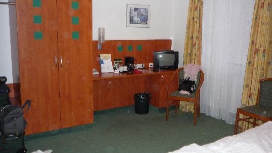 Stadthotel Dusseldorf : Room 324