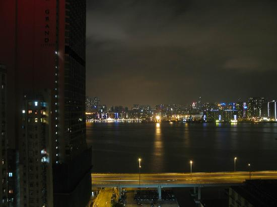 Newton Hotel Hong Kong: View from my hotel room - Night