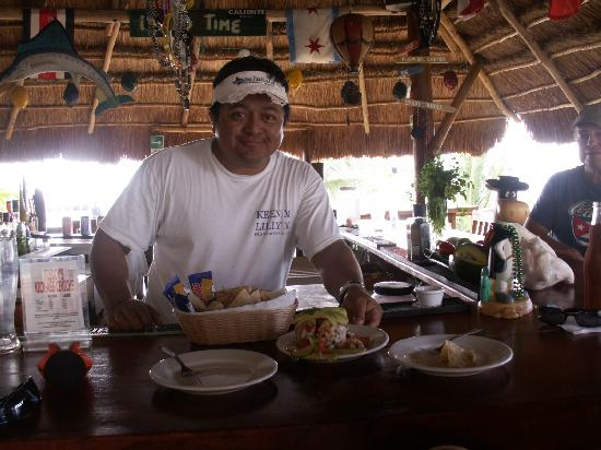 The Soggy Peso Bed & Cocktail: Freddy! The best Bartender on Isla Mujeres!!!