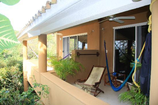 Casa Pan de Miel: Relaxing on the balcony