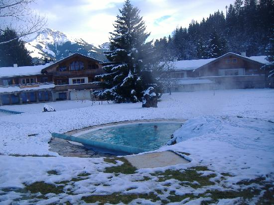 Going am Wilden Kaiser, Áustria: the outside pool