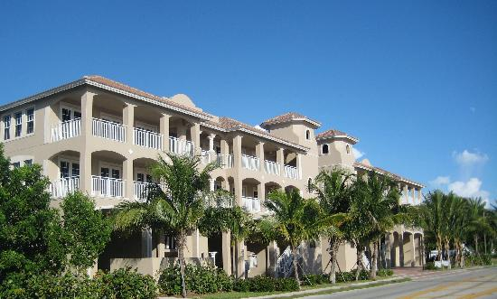 White Cap Suites: Ft-Myers-Beach-White-Cap-Front