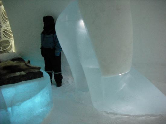 Icehotel: Art Suite again