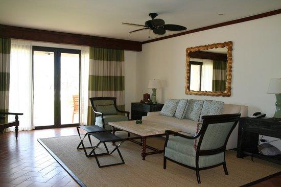 JW Marriott Guanacaste Resort & Spa: Las Velas Suite Living Room