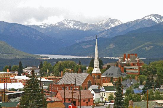 Columbine Inn & Suites: Downtown Leadville in September