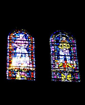 Sanctuaire Sainte-Anne-de-Beaupré: Stained Glass Window with Miner and Lumberjack