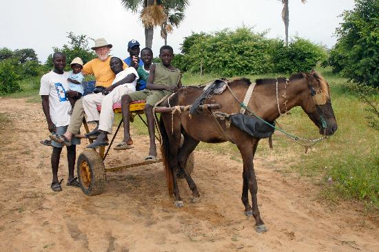 Essamaye : to Mar Fafako by horsecart