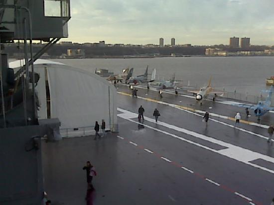 Intrepid Sea, Air & Space Museum : The deck