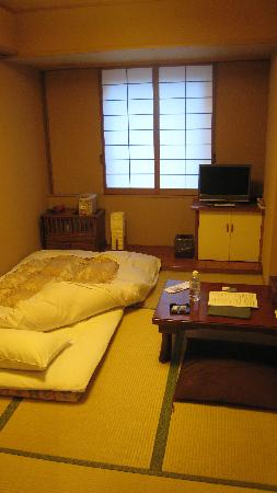 Asakusa Shigetsu: My room