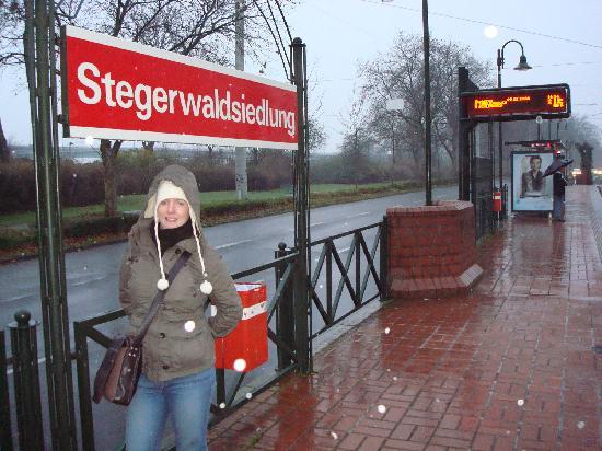 BURNS Fair And More: Local Tram Stop