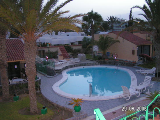 Club Primavera: View of pool from roof terrace.