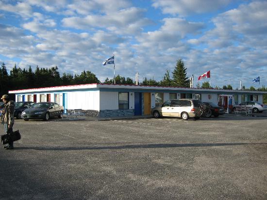 Motel Chantal: facade de l'hotel