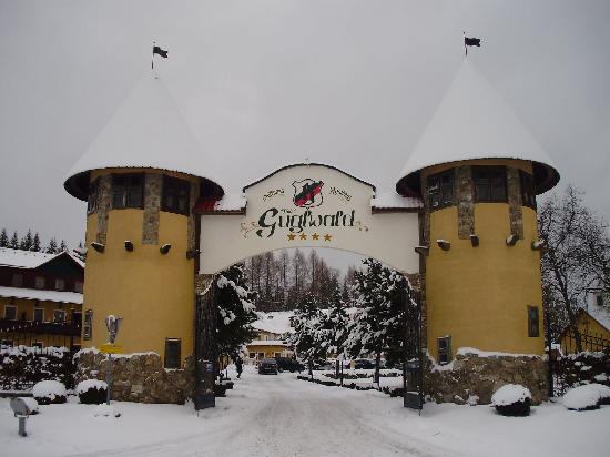 Hotel Guglwald: Einfahrt