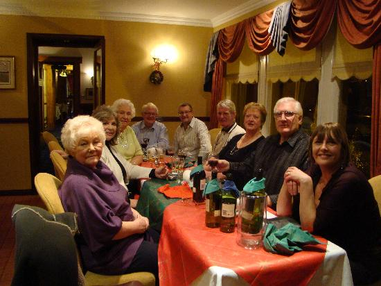 Somerton House Hotel: The gang weel fed and watered