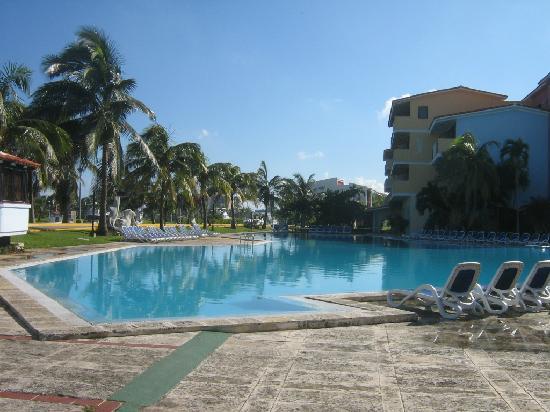 Hotel Club Acuario: gran piscina