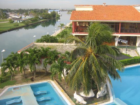 Hotel Club Acuario: Bello entorno