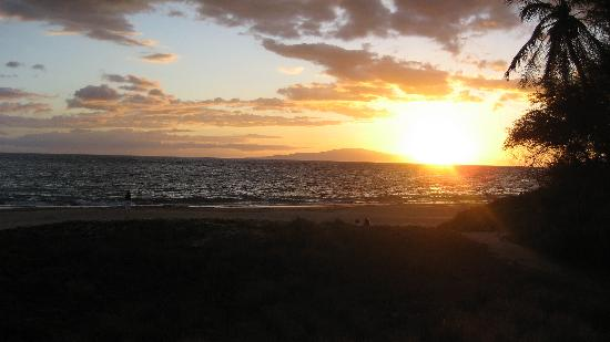 Kihei, HI: sunsets on the beach