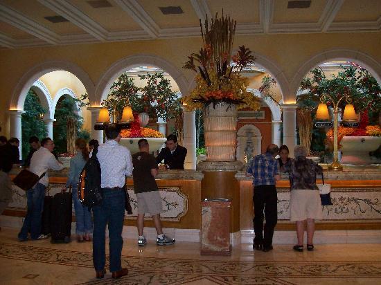 Superior Casino At Bellagio: Front Desk Good Ideas