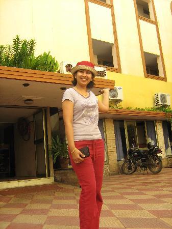 Sudhara Hotel: sudhara