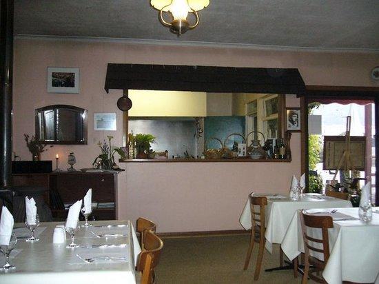 Cyrano Restaurant: The inside of Cryano